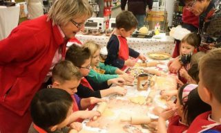 Weihnachtsbäckerei leihen